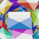 メールの背景に色または画像を追加する方法【Outlook】